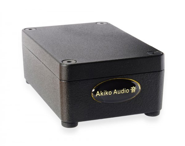 Akiko Audio - Phono Booster | Jaguar Imports Akiko Devices | Free Worldwide Shipping & 21-Day Trial!