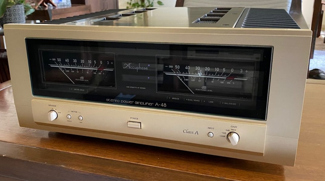 Accuphase Pre + Power (C2850+A48) 220V